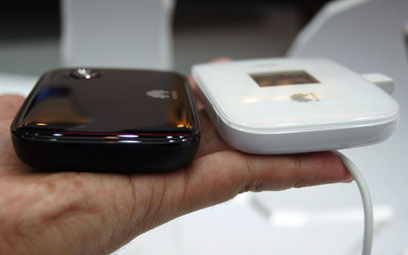 4g router vs iphone as hotspot