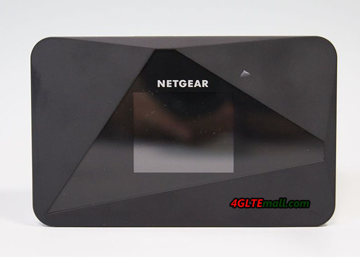 Netgear Aircard 785s front screen and logo