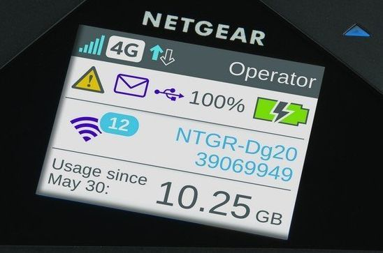 Netgear-785s-mobile-Hotspot-Display