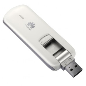 Huawei E3267 4G Modem is the World's first LTE Cat4 Stick, and allows speeds of over 100 Mbit/s download - precisely 150 MBit/s on LTE FDD network. The FDD-LTE modem operates on the 800/900/1800/2100/2600MHz band with GSM and UMTS backward. The modem also