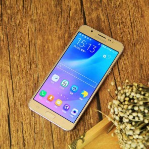 Samsung Galaxy J7 SM-J7008