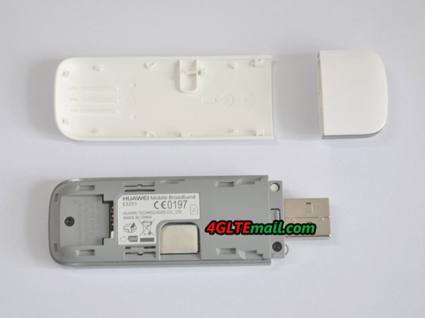 HUAWEI E3251 E3251S-6 Hilink SIM Card and SD card slot