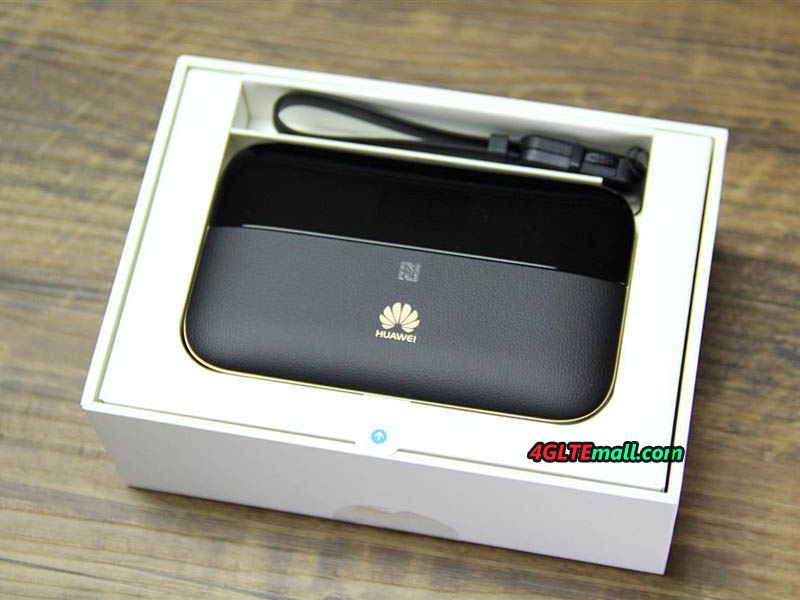 HUAWEI E5885Ls-93a Mobile WiFi Pro 2 in box