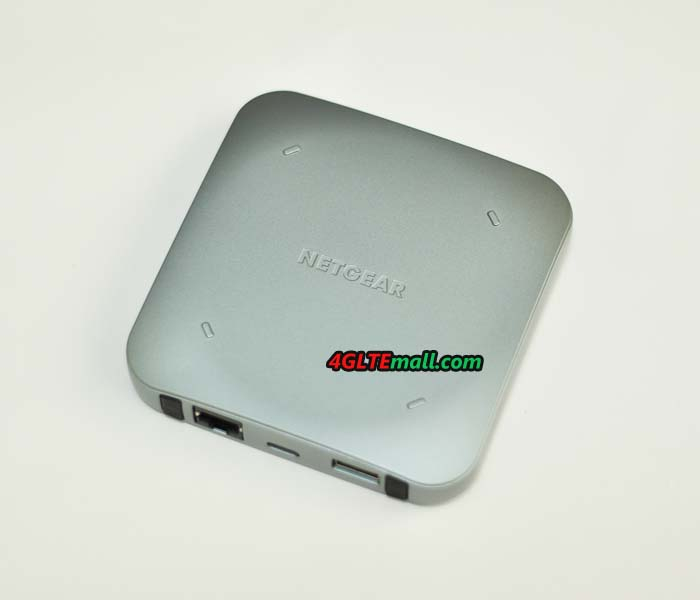 Netgear Nighthawk M2 MR2100 back cover